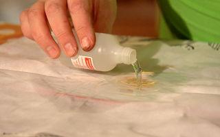 Как оттереть краску, очистить ткань: чем отстирать краску для одежды; с одежды, чем отстирать акриловую краску